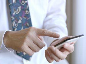 自己破産すると携帯電話(スマホ)は持てなくなるのか?